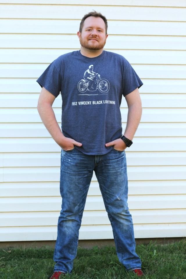 T-Shirt: Concert tee from his favorite bluegrass fella, Del McCoury | Jeans: Express