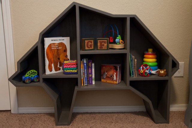 This shelf was custom made by Bryan's sister Alicia who has a business called Burnside Woodworking. She is amazing at this stuff and did I mention that SHE MADE THIS BASED ON A SMALL IPHONE PHOTO THAT I FOUND ON PINTEREST WITH ABSOLUTELY NO PATTERN AT ALL? Seriously, girl's got skills.